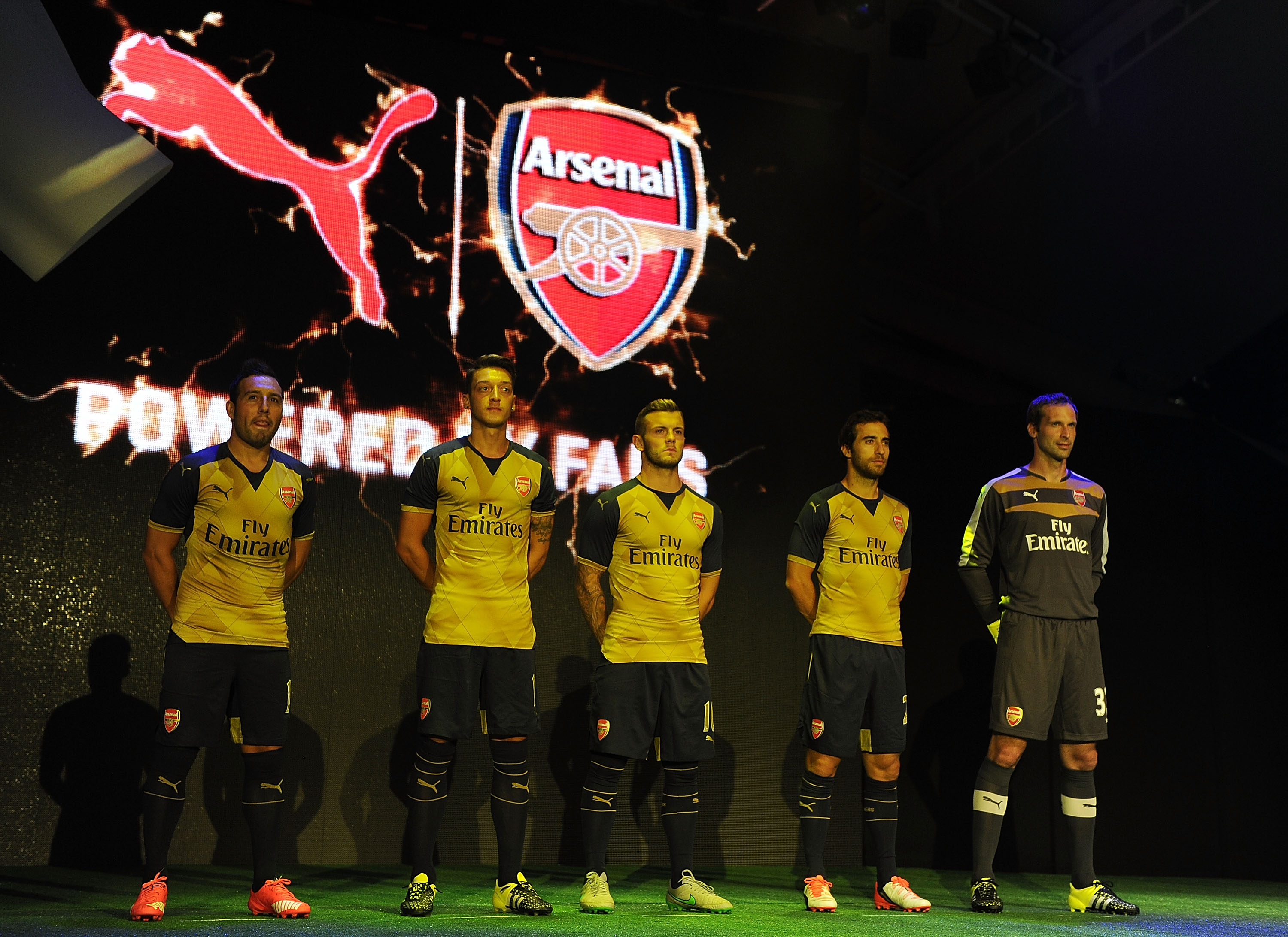 d0c54bb40 PUMA REVEALS 2015 16 ARSENAL AWAY KIT AT FAN EVENT IN SINGAPORE ...